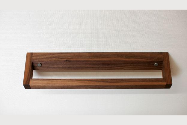 木のタオルかけCウォールナット画像01