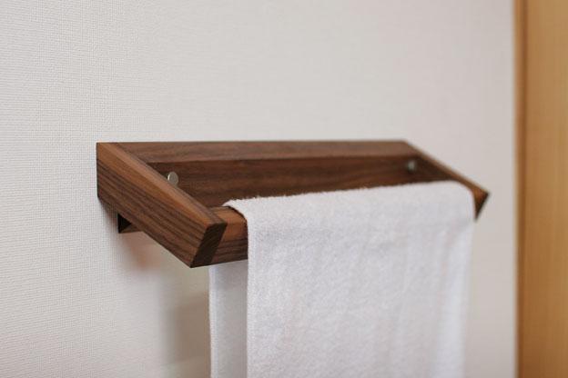 木のタオルかけCウォールナット画像06